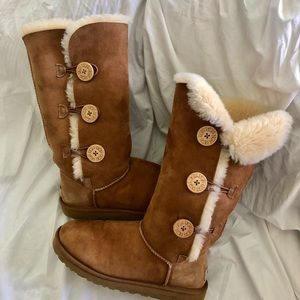 UGG Bailey Button Triplet Boots!